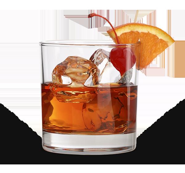 כוס ויסקי עם קרח, תפוז ודובדבן